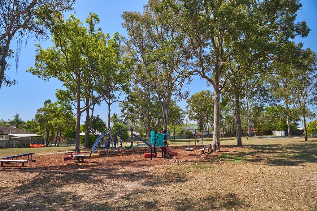 maculata-family-park-7