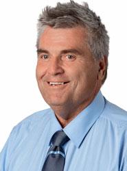 Cr David Pahlke
